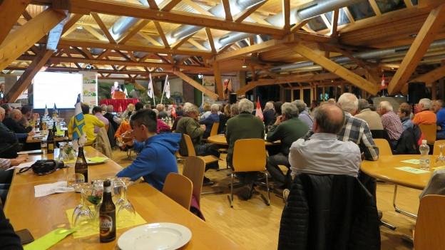 Unterschiedliche Meinungen der Bündner SVP-Delegierten zu den Ständeratswahlen.