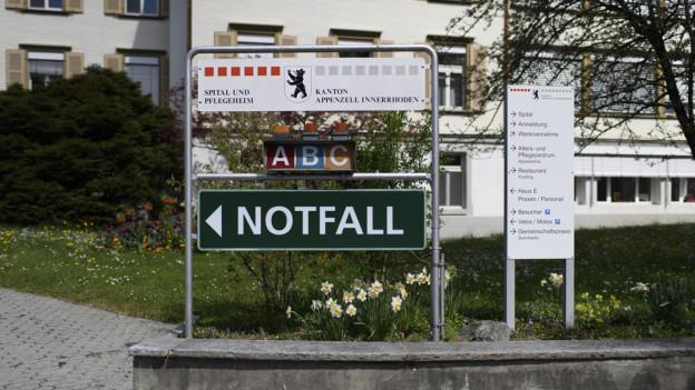 Wegweiser zum Spital Appenzell
