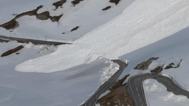 Passstrassen: ungewöhnlich lange Wintersperren