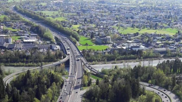 Wegen der Maut verlagert sich der Verkehr ins Zentrum von Bregenz.