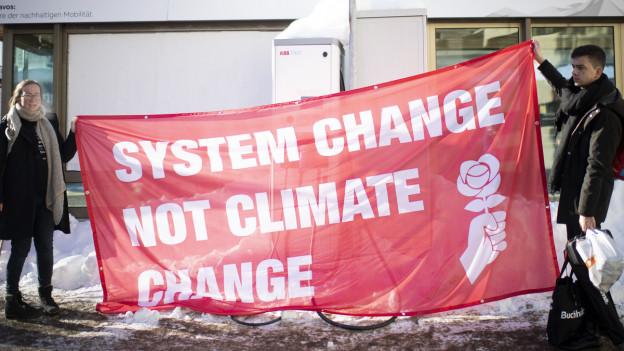 Klimawanderung zum WEF nur teils bewilligt