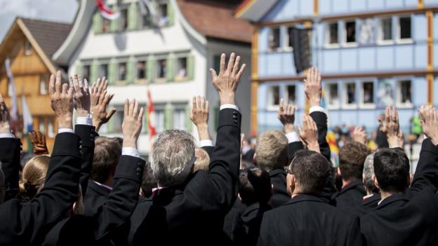Die Landsgemeinde in Appenzell findet statt im Frühling im Spätsommer statt.