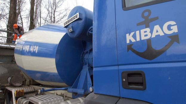 Lastwagen der Kibag