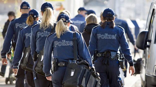Mehr Polizei für die Stadt Zürich.