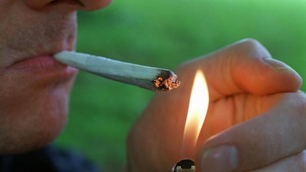 Noch ist der Konsum von Cannabis nicht legal, auch nicht in der Stadt Zürich.
