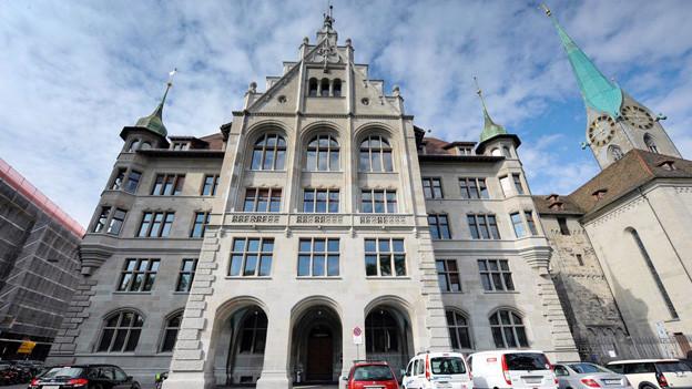 Das Stadthaus von Zürich: Hier geben sich Namensänderungswillige die Klinke in die Hand.