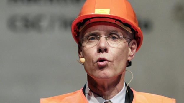 Helm ab: Altbundesrat Moritz Leuenberger ist bald auch Altverwaltungsrat.