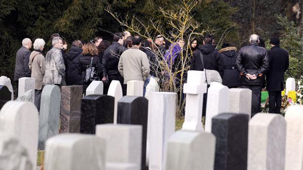 Am 5. März 2010 wurde das knapp 5jährige Opfer in Kloten beerdigt.