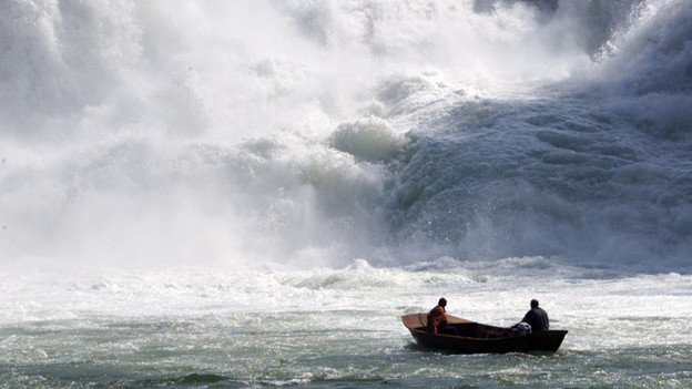 Hände weg vom Naturschauspiel: Der Rheinfall soll natürlich fliessen.