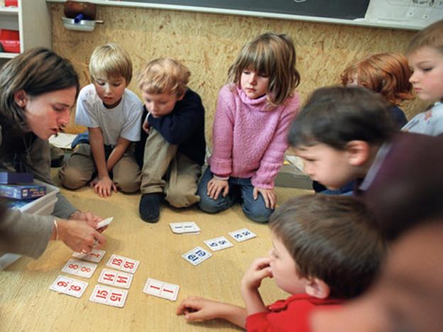 Statt Grundstufe bald wieder Kindergarten und 1. Klasse