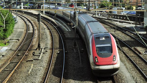 Auch das Nadelöhr auf der Strecke zwischen Zürich und Winterthur erhält nun vom Bund Priorität.