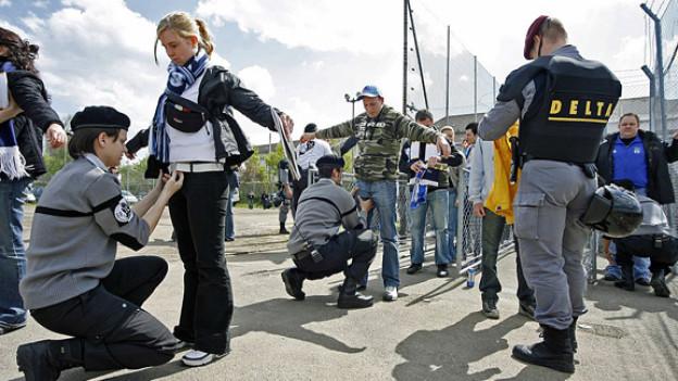 In Zürich gelten bald schärfere Regeln für Fussballfans.