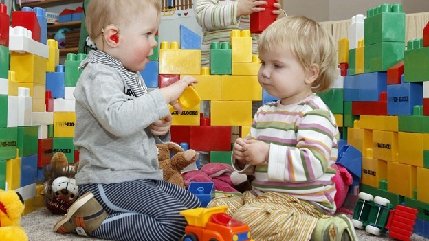Kleinkinder in einer Tagesstätte - Symbolbild.