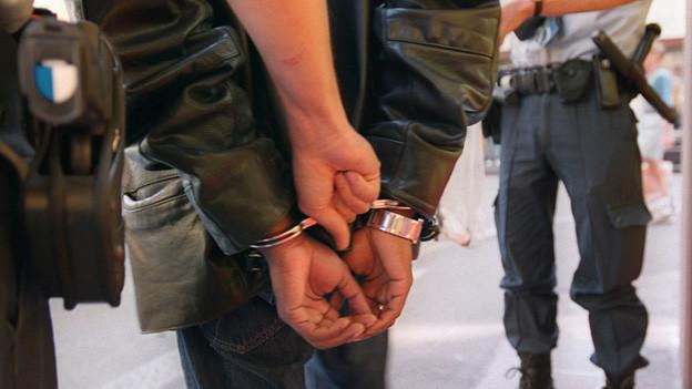 Drogenkontrolle der Zürcher Stadtpolizei