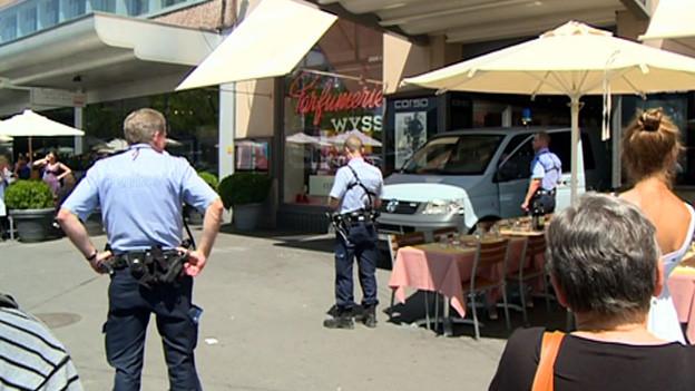 Glimpflich verlaufen: Polizeiaktion am Bellevue.