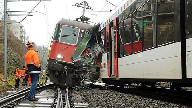 Der Bahnunfall in Neuhausen im Januar 2013.