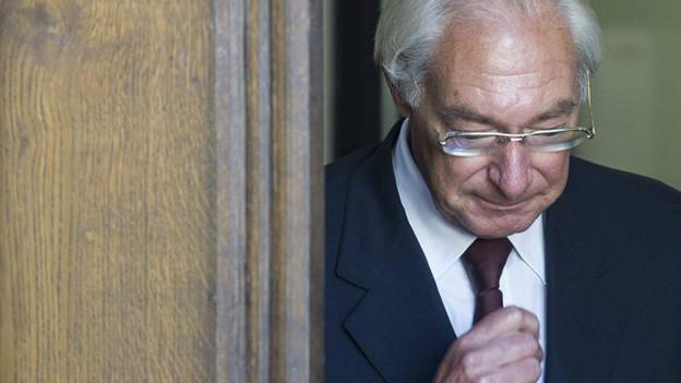 10 Jahre wegen Betrugs und Urkundenfälschung - dies fordert die Staatsanwaltschaft im Fall Rolf Erb.