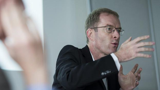 Der Zürcher Finanzvorstand Daniel Leupi präsentiert Budget 2014