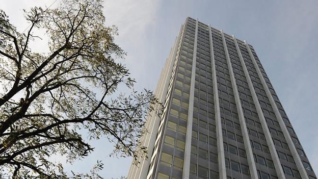 Die oberen 14 Stockwerke will Sulzer wieder belegen - wenn auch mit ausgedünnter Belegschaft.