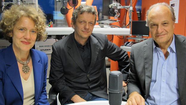 Corine Mauch (SP), Moderator Hans-Peter Künzi, Filippo Leutenegger (FDP)