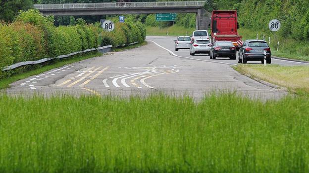 Endet wohl noch eine Weile in der Wiese: Oberland-Autobahn