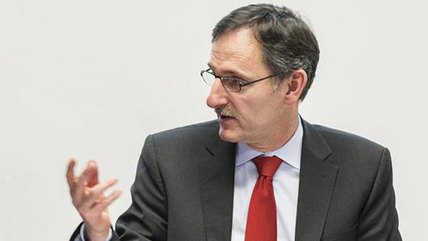 Weibelte ursprünglich für ein Basler Ja zum Hooligan-Konkordat: Mario Fehr.