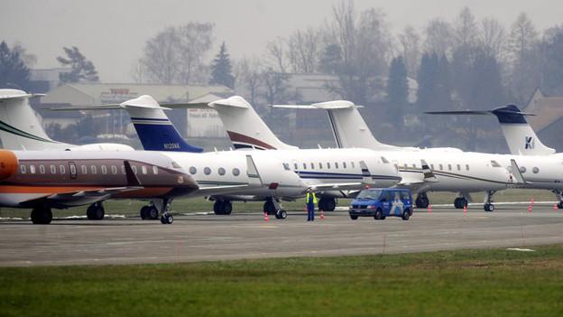 Zivile Jets sollen in Zukunft in Dübendorf landen.