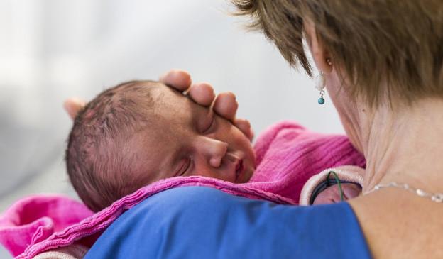 Willkommen auf der Welt! Das ist nur eines der 2810 Babys, die 2013 im Universitätsspital geboren wurden.