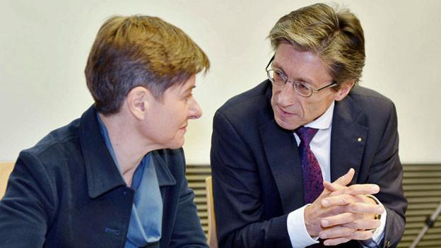 Wollen wir es nochmal versuchen? Gesundheitsdirektorin der Stadt, Claudia Nielsen, und ihr kantonales Pendant, Thomas Heiniger.