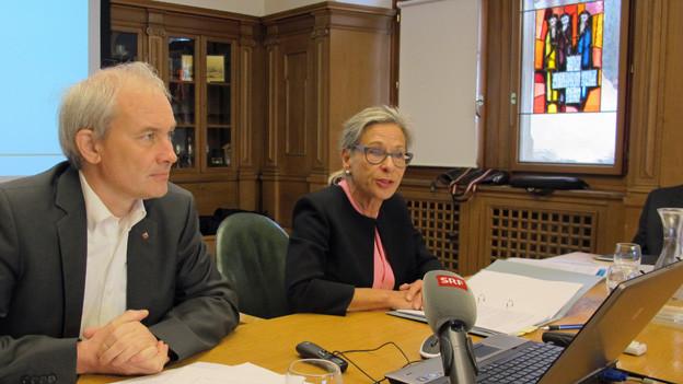 Rosmarie Widmer Gysel stellt die Studie den Medien vor.