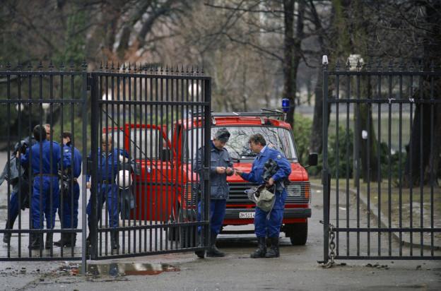 Bilder, die Vergangenheit sind: Polizeieinsatz am Eingang zum Platzspitzpark