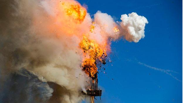 Der Bögg brennt dieses Jahr erstmals auf Valser Quarzit