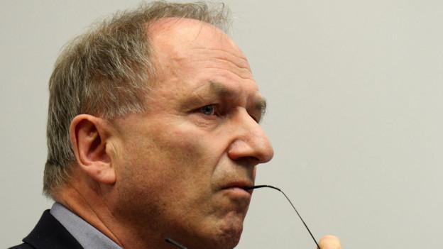 Regierungsrat Martin Graf musste sich im Kantonsrat viel Kritik anhören.