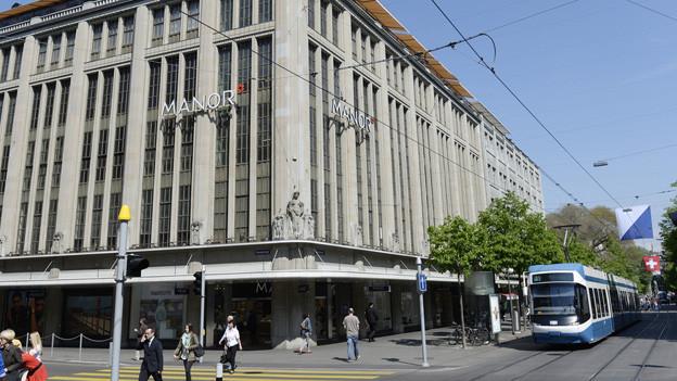 Die Manor-Filiale an der Zürcher Bahnhofstrasse.