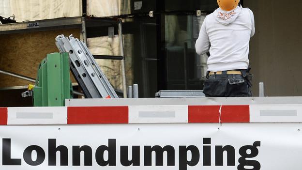 Die Gewerkschaft Unia wehrt sich erfolgreich gegen Lohndumping.