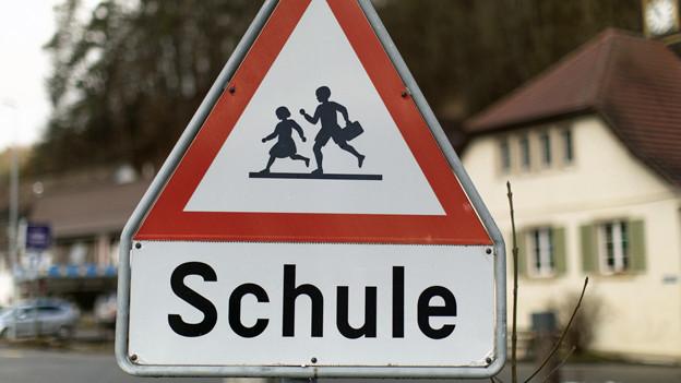 Auch im Kanton Zürich sind wieder viele Schulanfänger unterwegs.