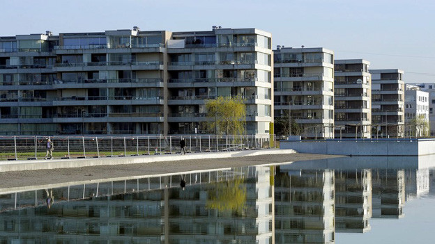 Eine Neubausiedlung entsteht entlang der Glatt