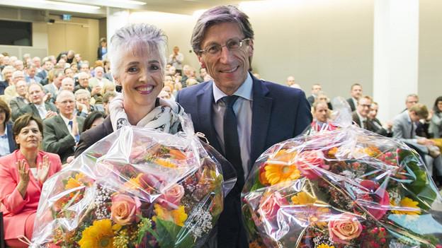 Carmen Walker Späh, links, nach ihrer Nomination mit Regierungsrat Thomas Heiniger.