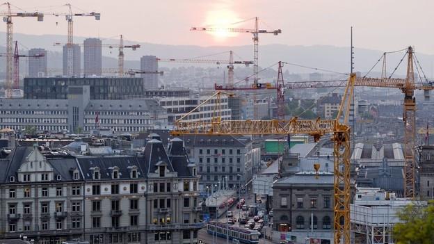 Wo darf in Zürich wie gebaut werden? Die neue Bau- und Zonenordnung gibt Antworten, sie ist aber weiterhin umstritten.