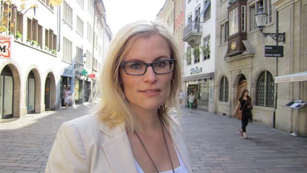 Winterthurs Finanzvorsteherin Yvonne Beutler in der Altstadt.
