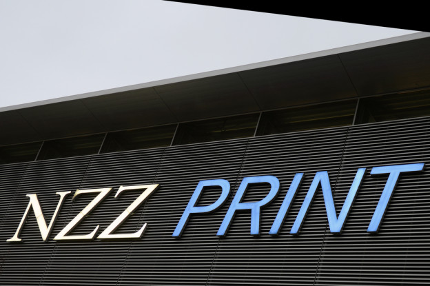 NZZ-Schriftzug am Druckgebäude