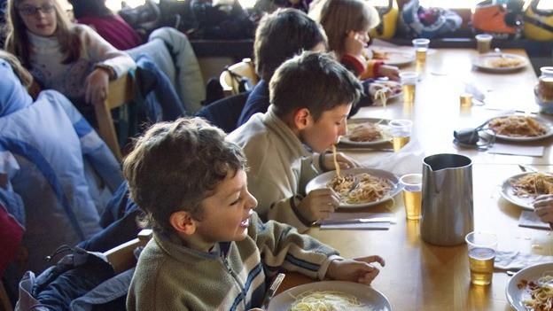 Mittagstisch mit Kindern