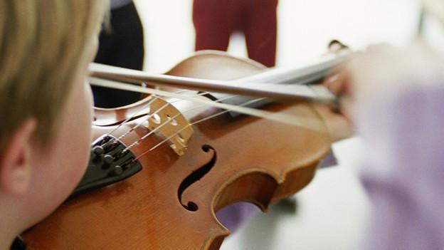 Geige, Harfe, Cembalo: In der Musikschule entlocken viele Stadtzürcher Kinder einem Instrument die ersten Töne.