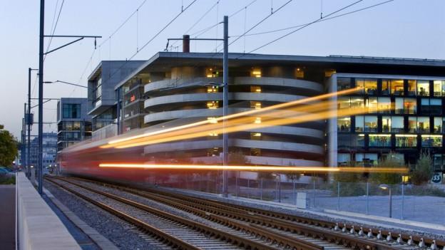 Soll öfter am Sihlcity vorbeifahren: Die Sihltalbahn.