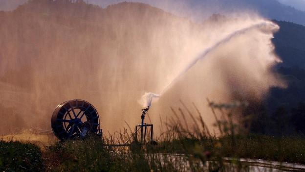 Bauern dürfen grosse Gewässer anzapfen.