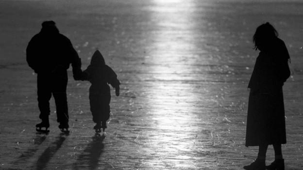 Wenn Eltern zu sehr streiten, kann das gemeinsame Sorgerecht aufgehoben werden