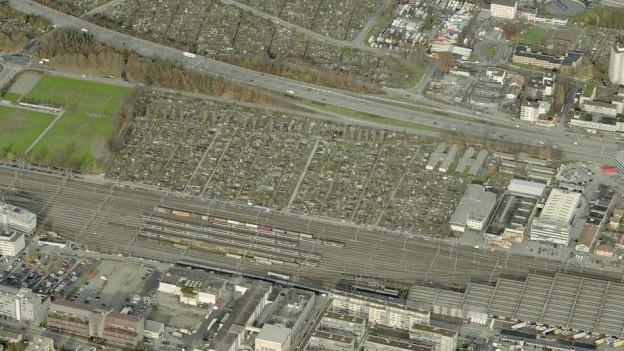 Das Land in Zürich-Altstetten, auf dem der ZSC sein Stadion bauen will.