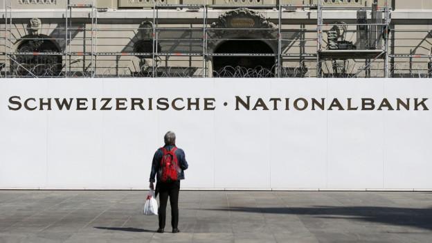 Auch der kleine Mann soll im Kanton Zürich von der Ausschüttung der Nationalbank profitieren.