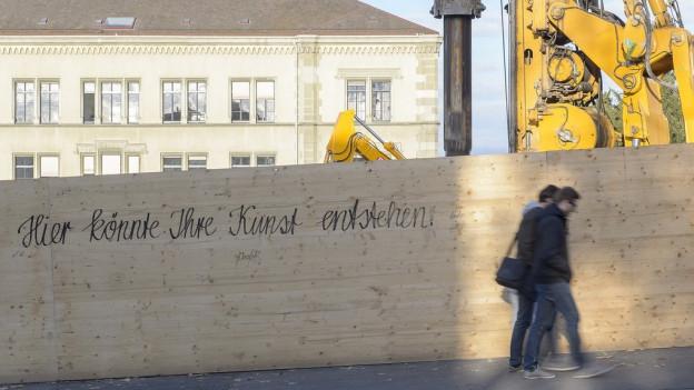 Die Baustelle für den Erweiterungsbau: In diesem Boden sollen die Gebeine verstorbener Juden liegen