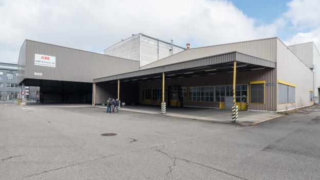 Die ehemalige Industriehalle passe zur Aufbruchstimmung, sagen die Veranstalter.